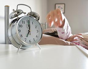 Comment aider mon ado à se lever le matin ?