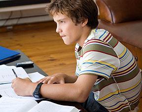 m thode de travail comment aider votre enfant bien apprendre ses le ons. Black Bedroom Furniture Sets. Home Design Ideas