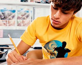Adolescent aider les adolescents troublés