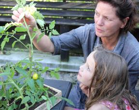 Jardiner avec les enfants de 7 à 10 ans